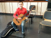 Preisträger Maxim Weber mit Gitarre