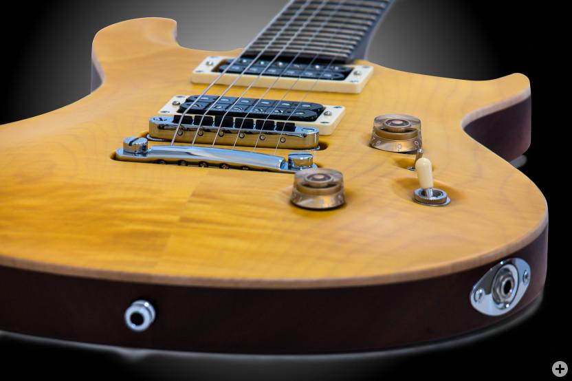 E-Gitarre, liegend