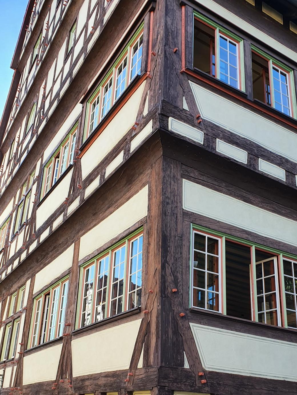 """Hoher Giebel"" Musikschulgebäude, Eckansicht"